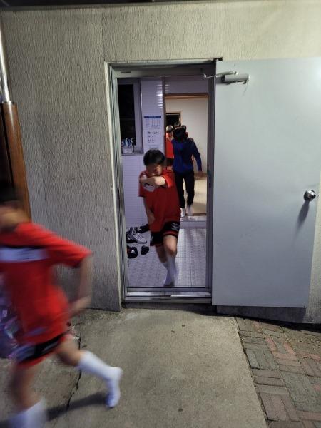 진성중_21년 1학기 기숙사 야간 화재 대피 훈련 실시 사진1.jpg