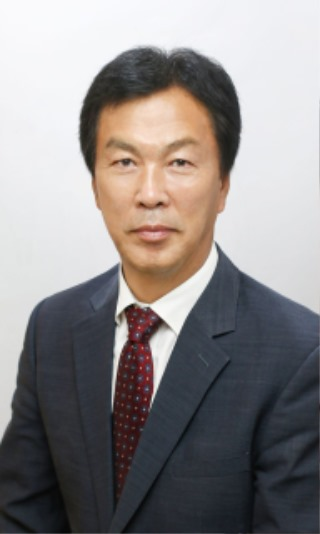 b_김현오 연수원장님 사진 (1).jpg